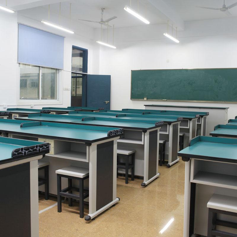 Laboratorijos stalai